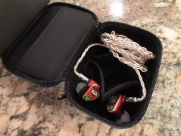dignis_earphone_cases-10