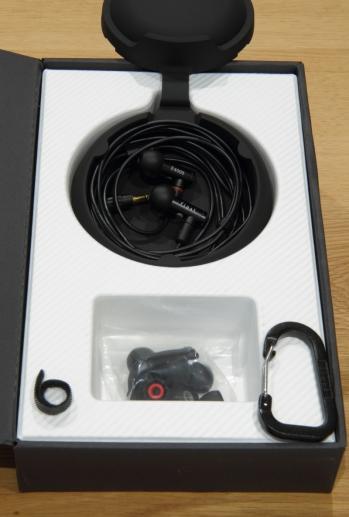 E4000_box