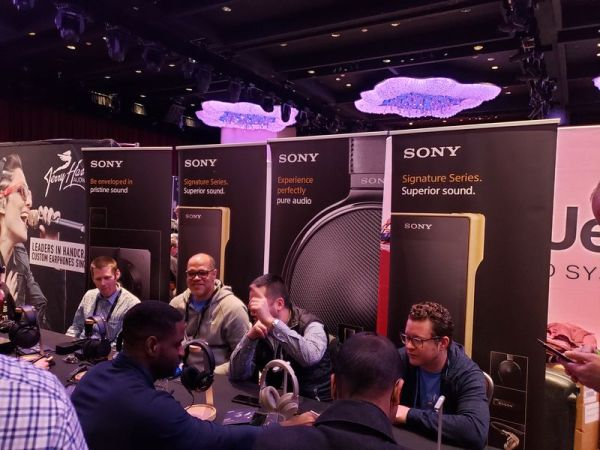 canjam_nyc_2020-60-Sony_table